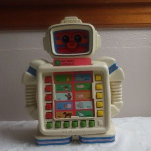 Vtg Playskool Alphie II Robot One Rhyming Card